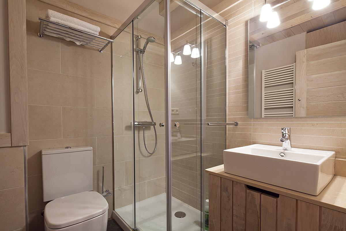 Alquilar apartamento en tred s costarjas wow range - Banos de tredos ...