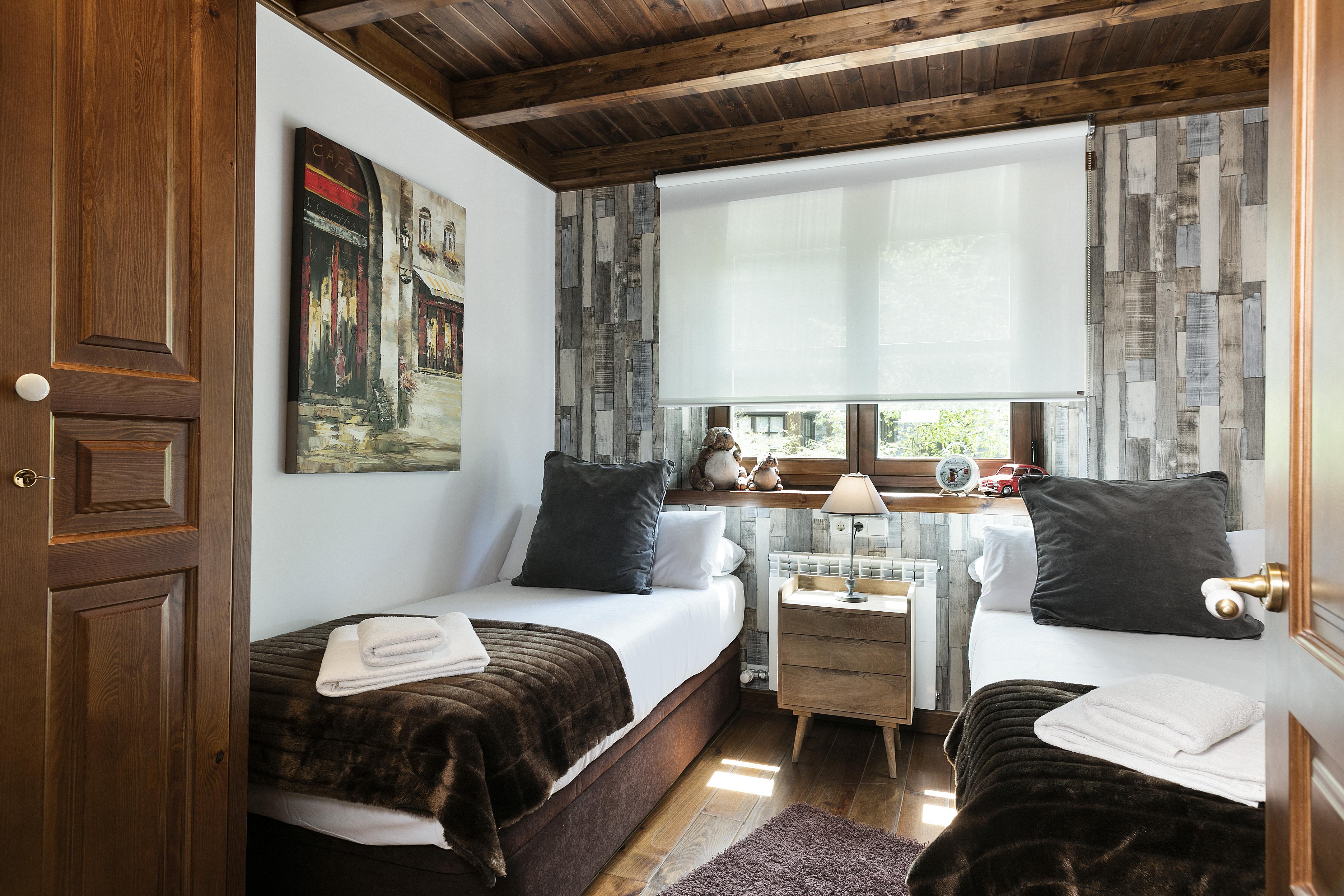 Alquilar apartamento en baqueira 1500 val de ruda val de for Decoracion apartaestudios