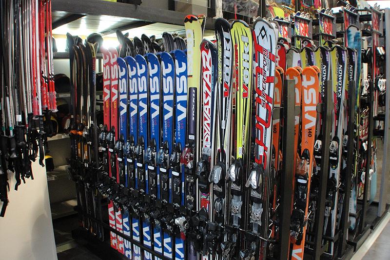 alquiler esquís baqueira