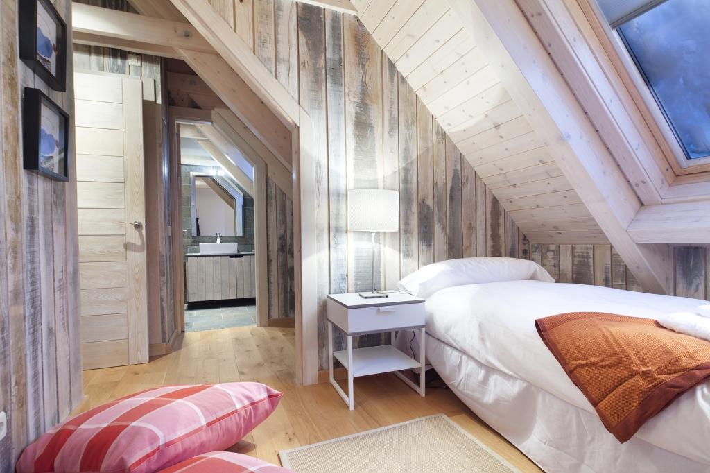 paredes de madera apartamentos baqueira beret
